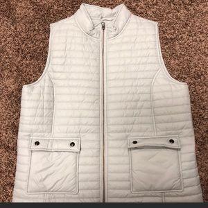 Vineyard Vines White Puffy Vest for sale!